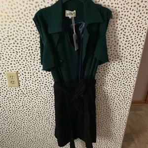 Jackets & Blazers - NWT color block trench vest